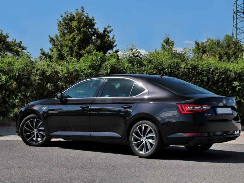 skoda-superb-20-tdi-dsg-laurin_a_klement-02