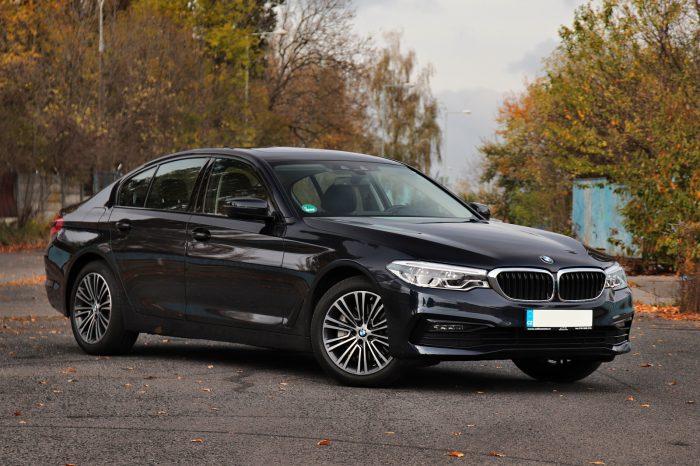 BMW 530d xDrive (roční pronájem)